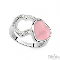 Преплетени сърца розе
